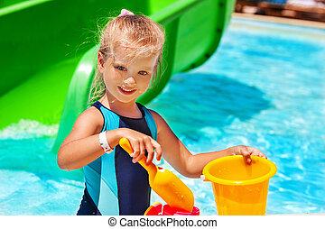 水泳, バケツ, プール, 子供