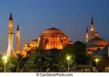 Aya Sofya at Night - Aya Sofya of Istanbul at Night