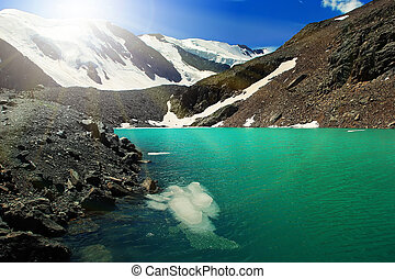 Beautiful Blue Lake at the Aktru mountains in Altai, Russia....
