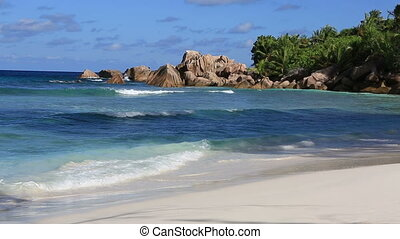 Beautiful beach Anse Cocos Time Lapse - Beautiful beach Anse...