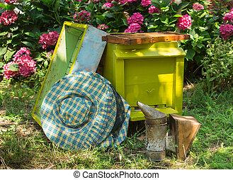 colmena, apicultura, equipo