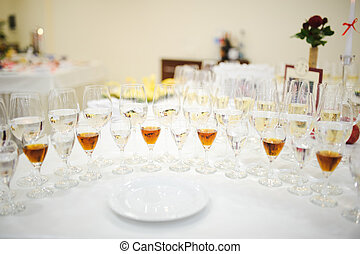 drink glasses at a wedding