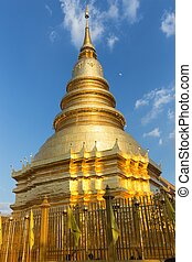 Buddhist shrine - The shrine of the Phra That Hariphunchai...