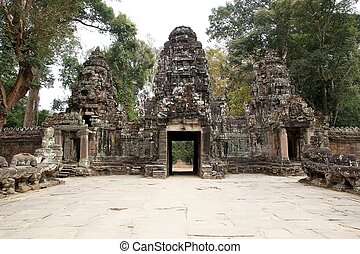 Preah Khan - The gopuras of the fourth enclosure at the...
