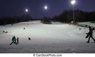 Night skiing 01 - Night skiing on ski hill