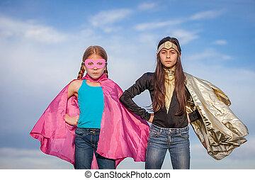 girl power, super heroes or superheroes