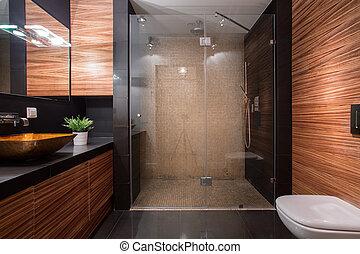 de madera, detalles, en, lujo, cuarto de baño,