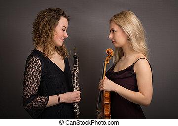 害羞, 音樂家, 正式, 女性, 被給穿衣