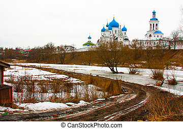 Winter.Beautiful Orthodox churches in Russia, with bright blue domes.
