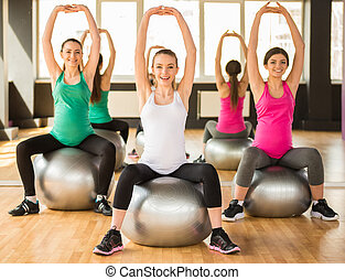 Pregnant woman Fitness - Fitness, sport and lifestyle...