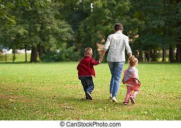Al aire libre, familia, parque, juntos, juego, feliz