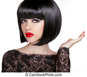 Bob hairstyle. Brunette fashion model with black short hair and
