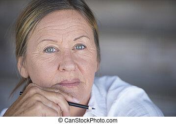 Confident smart serious business woman - Portrait confident...