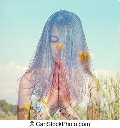 doble, exposición, de, Un, joven, mujer, meditar, y,...