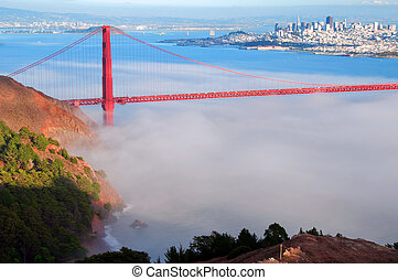 capture of san francisco cityscape and golden gate bridge -...