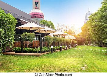 Shanghai Bund - China Shanghai Bund, Huangpu River lawn.