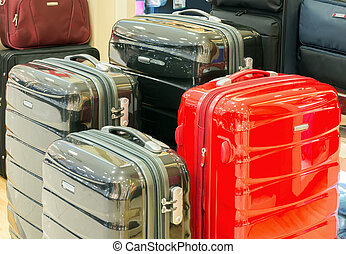 Mall suitcase - Sale of suitcases of different sizes and...