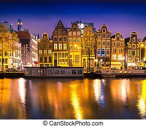 bonito, pacata, noturna, vista, de, Amsterdão,...