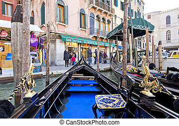 Venice - The beautiful view of Rialto's Bridge and the Canal...