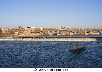 Toulouse cityscape - Riverbanks of Toulouse, France