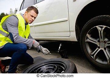 rueda, Cambiar, hombre, Zona lateral de camino