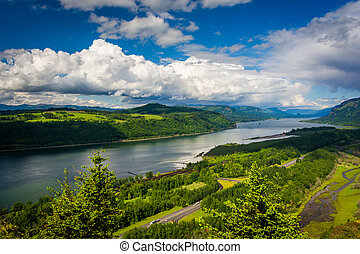 View of the Columbia River from the Vista House, at the Columbia River Gorge, Oregon.