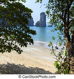 Aonang Beach Coastal Line - Coastal Line in South of...