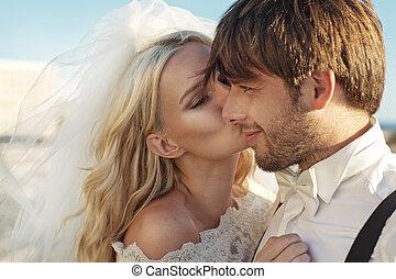 圖片, 浪漫, 她, 年輕, 新娘, 親吻, 丈夫
