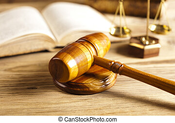juez, martillo, párrafo, señal,...