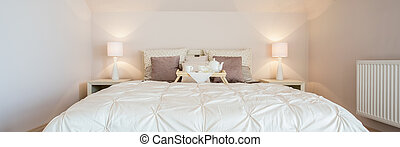 Bedroom with double bed - Luxury and cozy bedroom with...