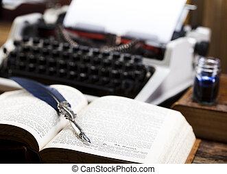 retro, Machine écrire, à, blanc, papier,