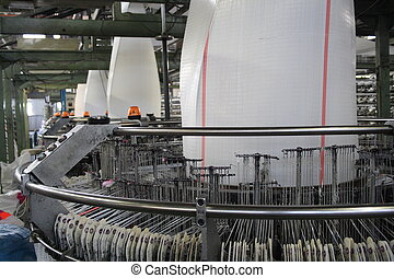 polypropylene cloth loom - a few polypropylene cloth looms