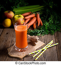 freshly squeezed carrot juice