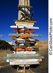 de madera, señales, diferente, partes, mundo