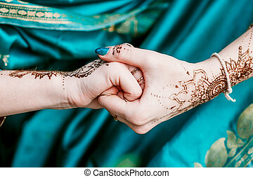 Indian hindu bride with mehendi heena - Indian hindu bride...