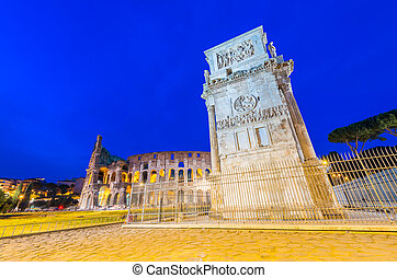 Arco di Costantino and Colosseo at night - Costantine's Arc...