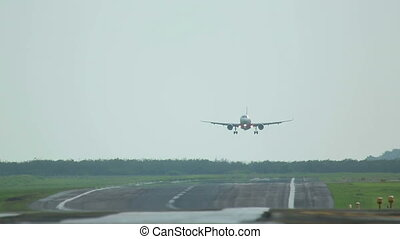Crosswind landing - Hard landing in crosswinds, Airbus 320,...