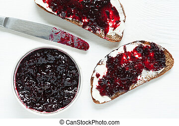 Diet healhty breakfast Wholegrain toast with butter and jam...
