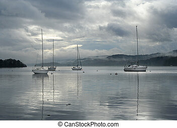 sailing boats on Windermere - sailing boats on Lake...