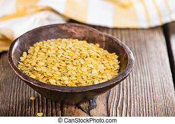 Raw yellow Lentils - Portion of raw yellow Lentils (detailed...