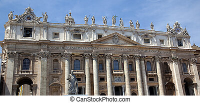 Saint Peter\'s Basilica Outside Statues Vatican Rome Italy