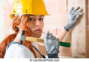 pedreiro, mulher, martelo