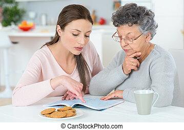 Porción, ella, abuelita, Haga, Un, crucigrama,