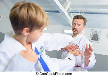 pequeno, Menino, aprendizagem, Um, marcial, arte,