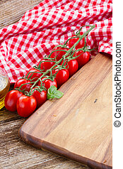 empty cutting board - empty wooden cutting board - italian...