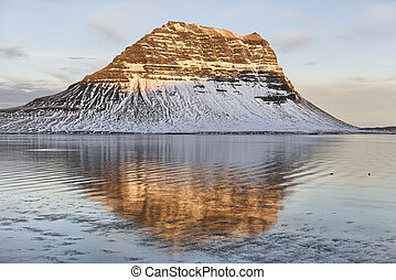 Kirkjufell, Grundarfjordur - Early morning light on...