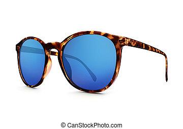 occhiale da sole leopardato con lente blu a specchio isolato...
