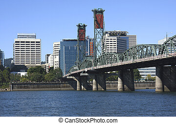 The hawthorne Bridge - Another view of the Hawthorne bridge...