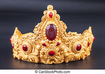 Crown - Detail of Delicious luxury birthday cake - Crown -...