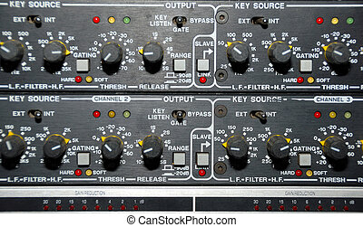 Sound Recording Equipment Media Equipment - Audio effects...